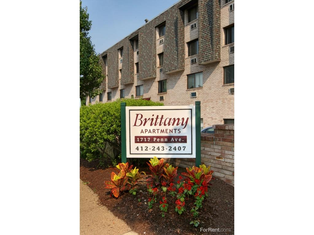 Brittany Apartments photo #1