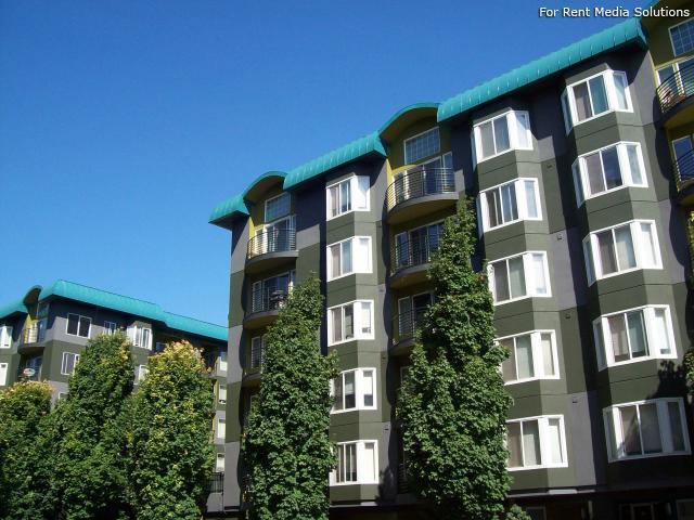Elliott Pointe Apartments photo #1
