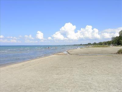 Wasaga Beach: Old Mosley, 4BR