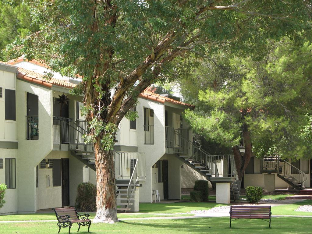 Raintree Apartment Homes