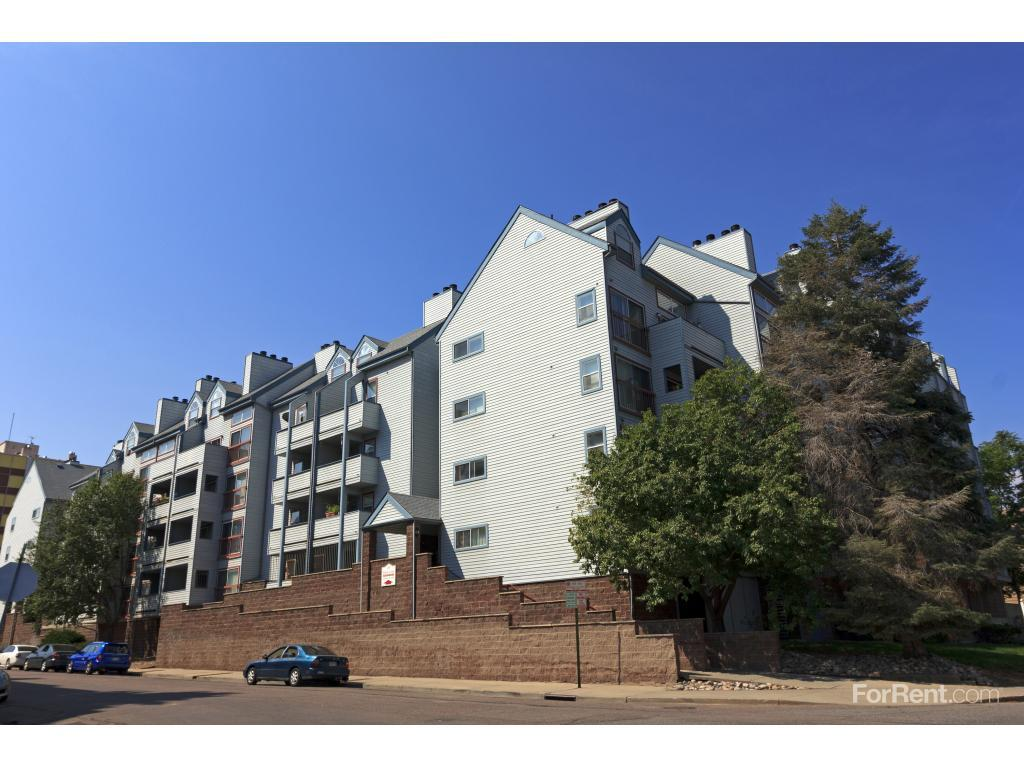 Albion Court Apartments photo #1