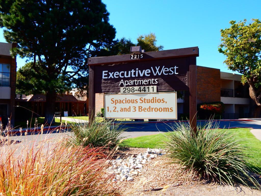 Executive West Apts Apartments photo #1