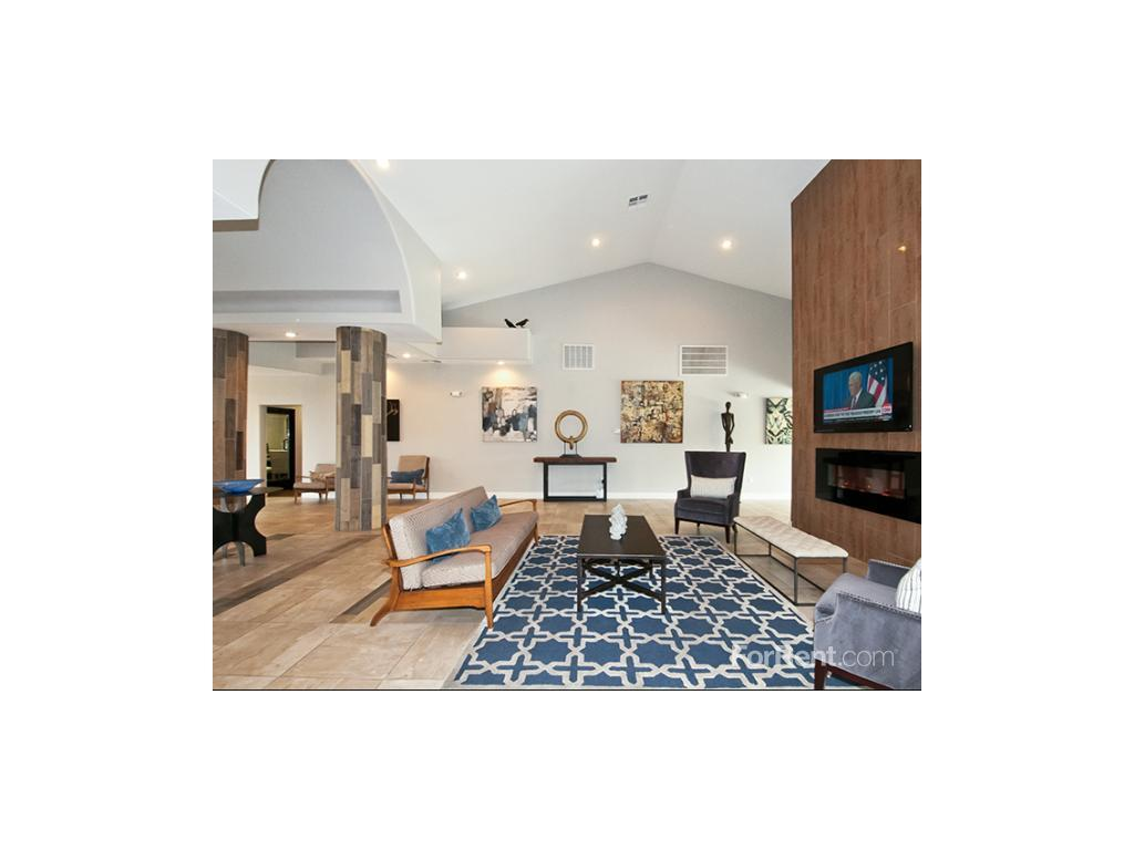 Bacaro at South Shores Apartments photo #1