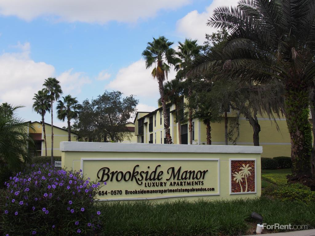 Brookside Manor Apartments photo #1