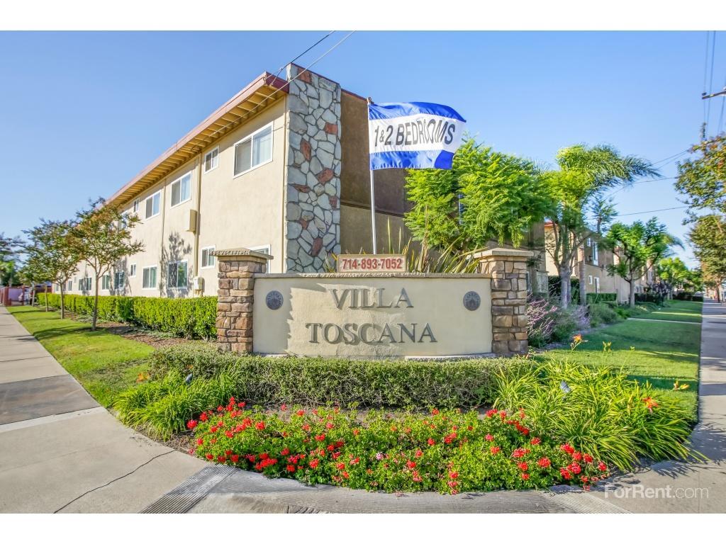 Villa Toscana Apartments photo #1