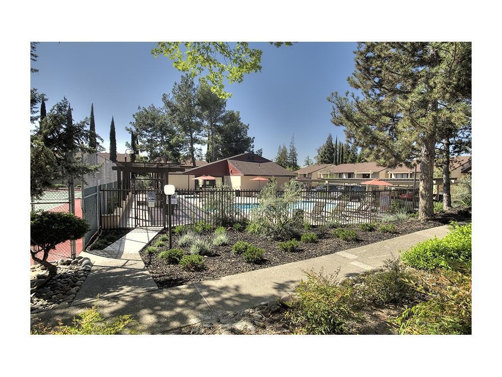 Meridian Terrace Condominium Rentals Apartments photo #1