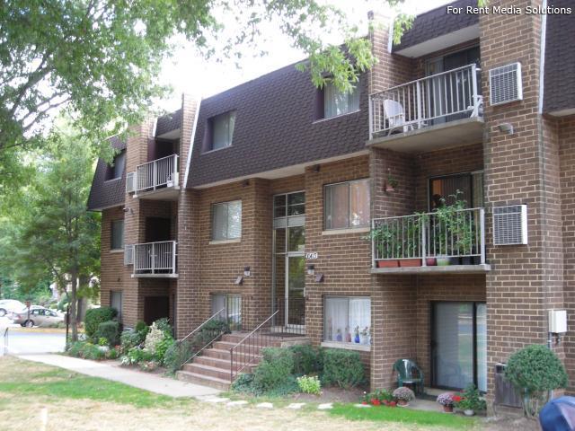 Fairfax Village Apts Apartments Oakton Va Walk Score