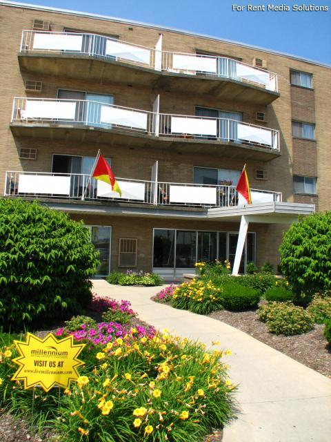 Randall park apartments cleveland oh walk score for 2 bedroom apartments cleveland ohio