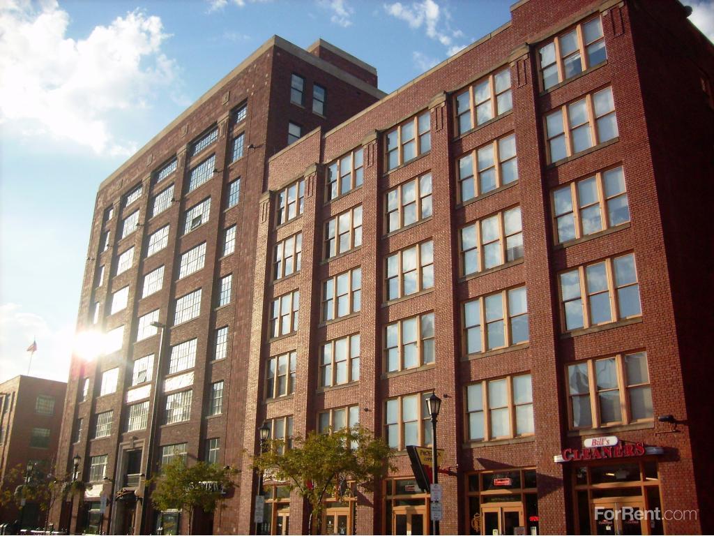 Bridgeview Apartments photo #1