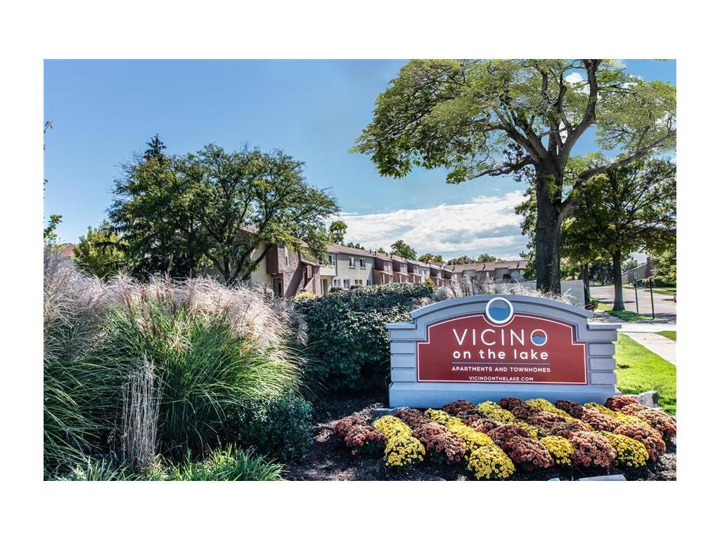 Vicino On the Lake Apartments photo #1