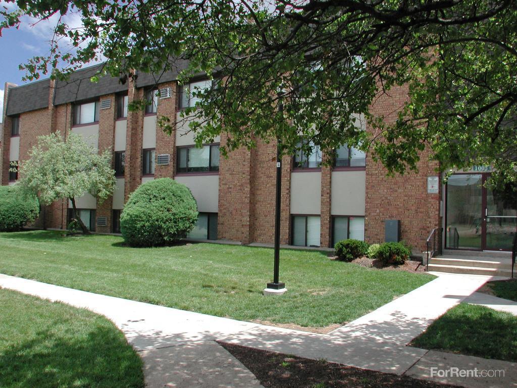 Larkin Village Apartments