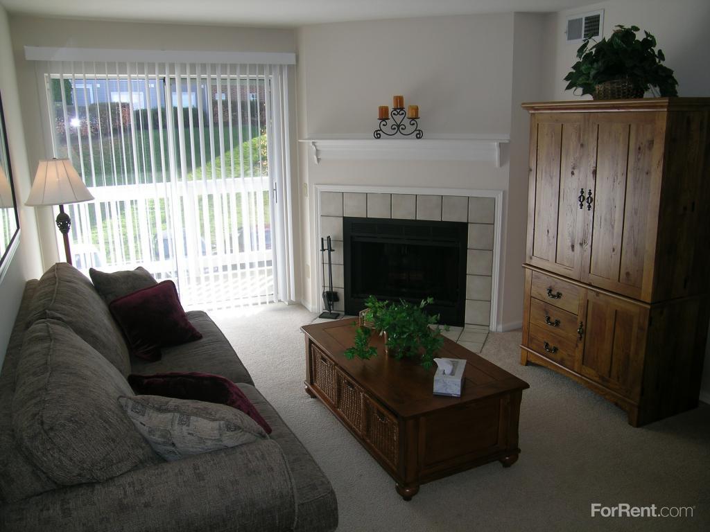 Lincoln Ridge Apartments photo #1