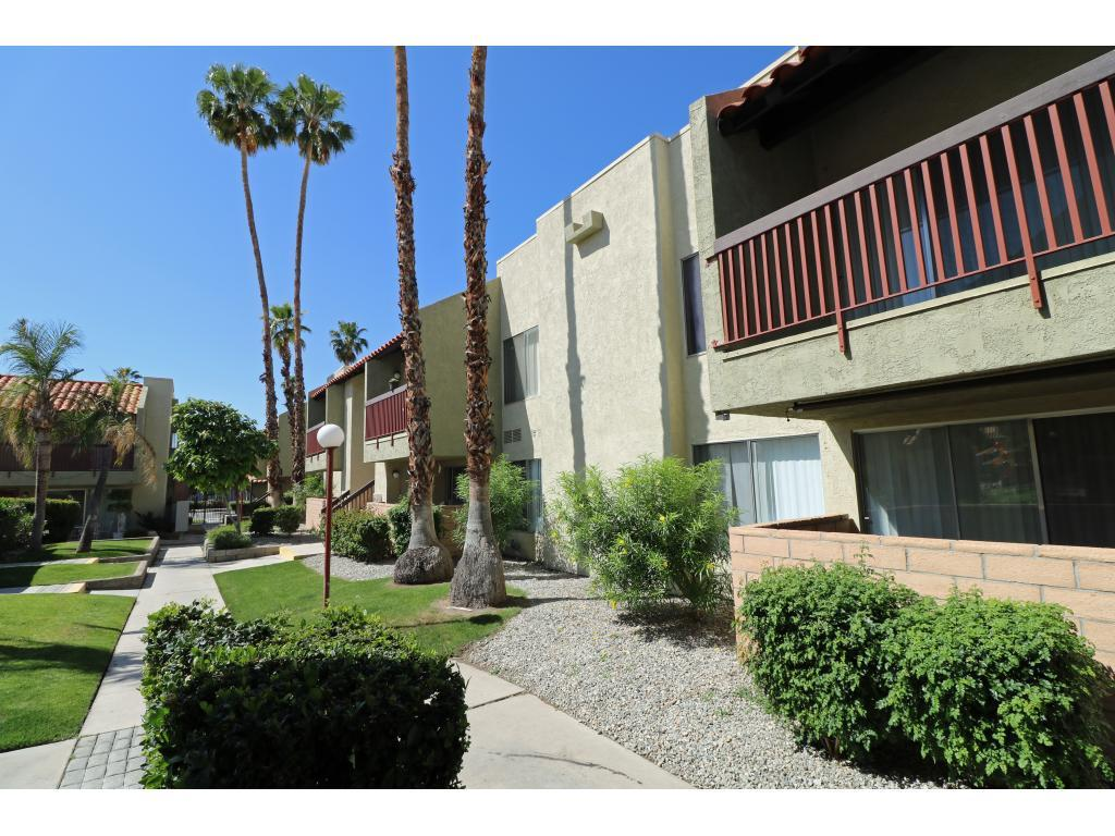 The Sage Courtyard Apartment Homes Apartments Palm