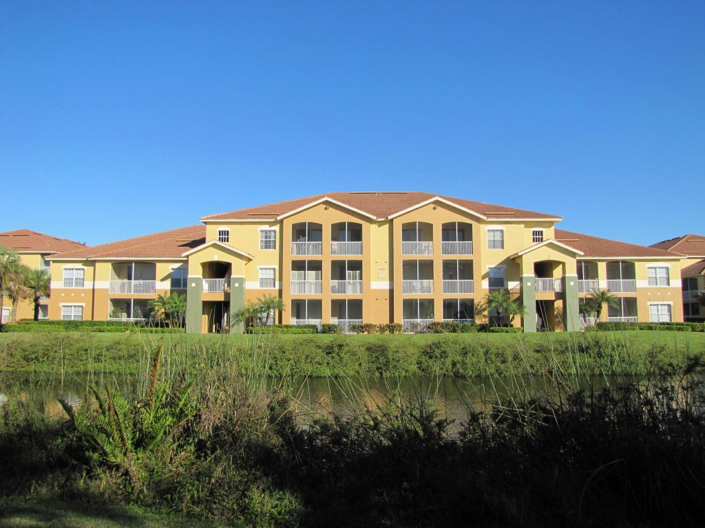 Lakes at College Pointe Apartments, Fort Myers FL - Walk Score