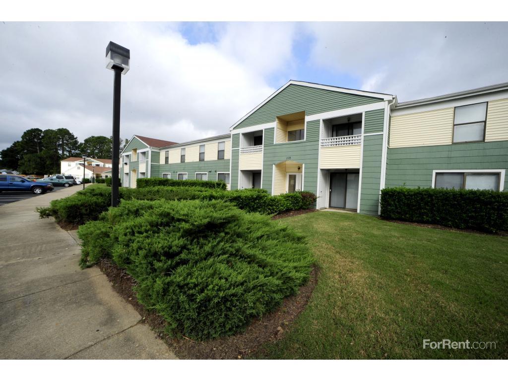 Ashton Village Apartments photo #1