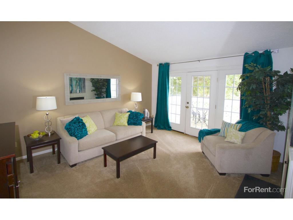 Willow Lake Apartments and Spa photo #1
