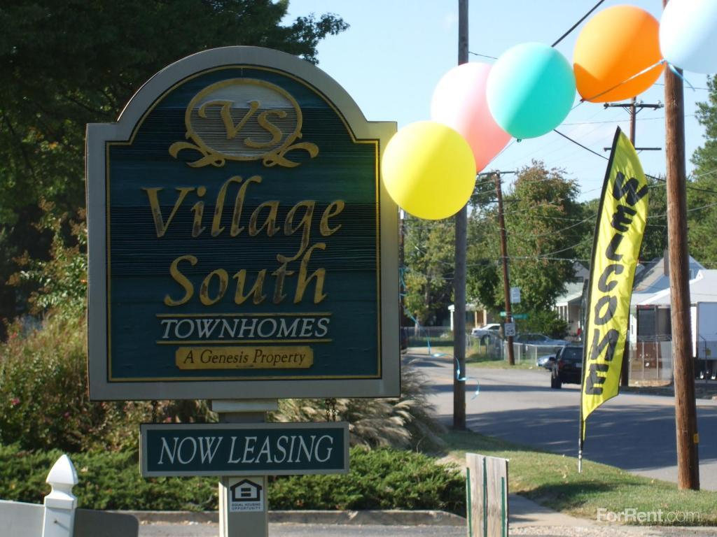 Village South Townhomes Apartments photo #1