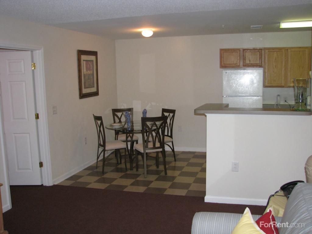 One Bedroom Apartments Raleigh Nc Oaks At Brier Creek The Apartments Raleigh Nc Walk Score