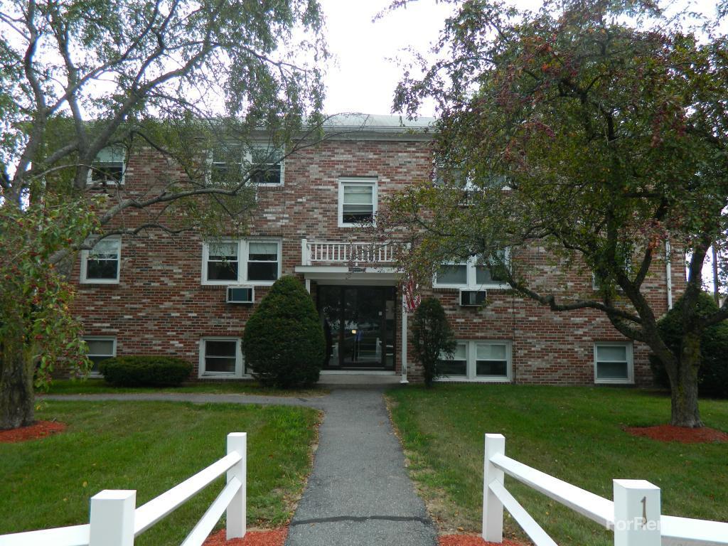 Willow Park Apartments photo #1