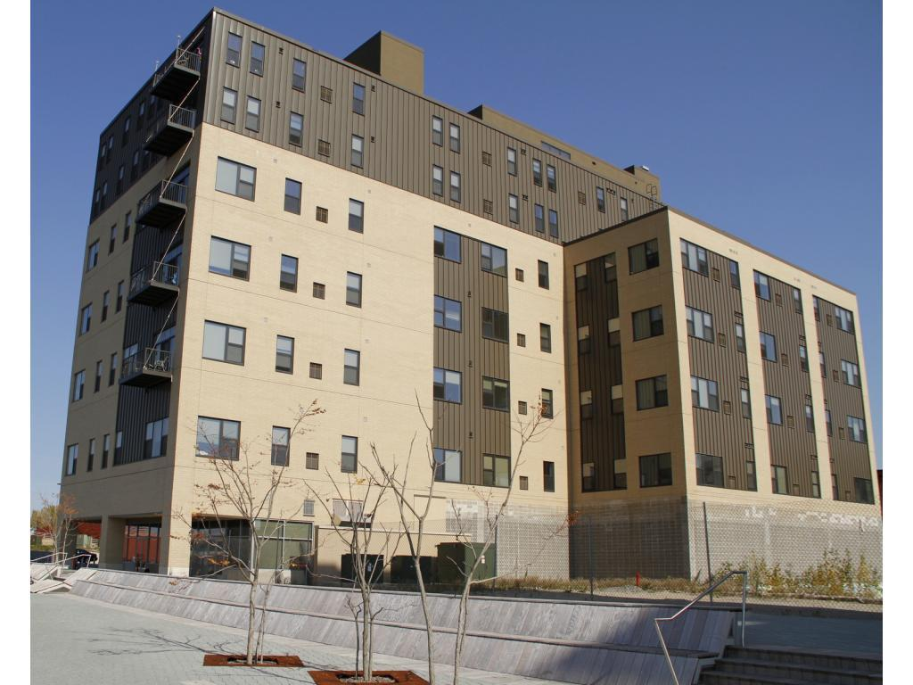 The Flats on the Fox Apartments photo #1