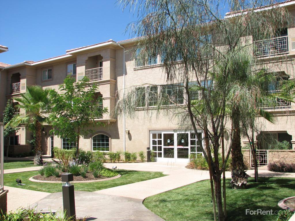 Apartments On Th West Lancaster Ca