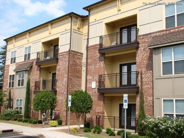 Seigle Point Apartments photo #1