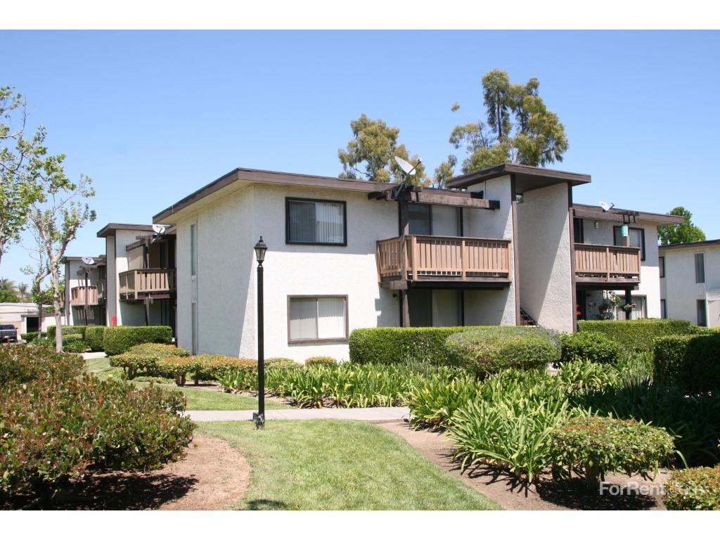 Monterey Pines Apartments Tustin Ca