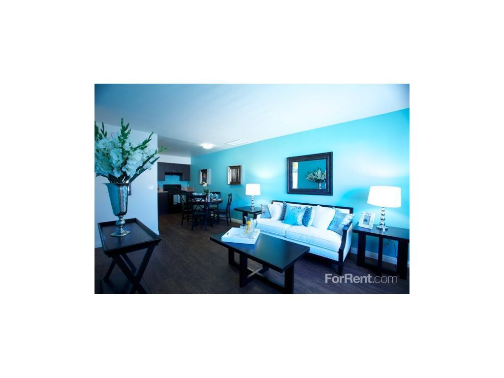 Encanto Apartments photo #1