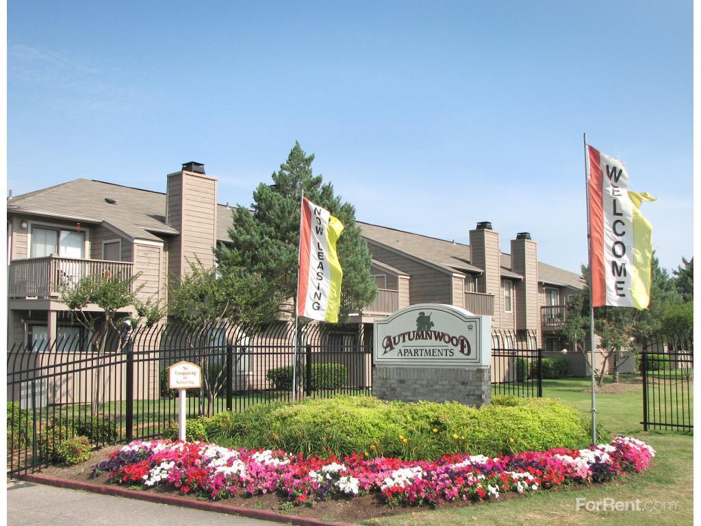 Rent A Car Memphis Tn >> Autumnwood Apartments, Memphis TN - Walk Score