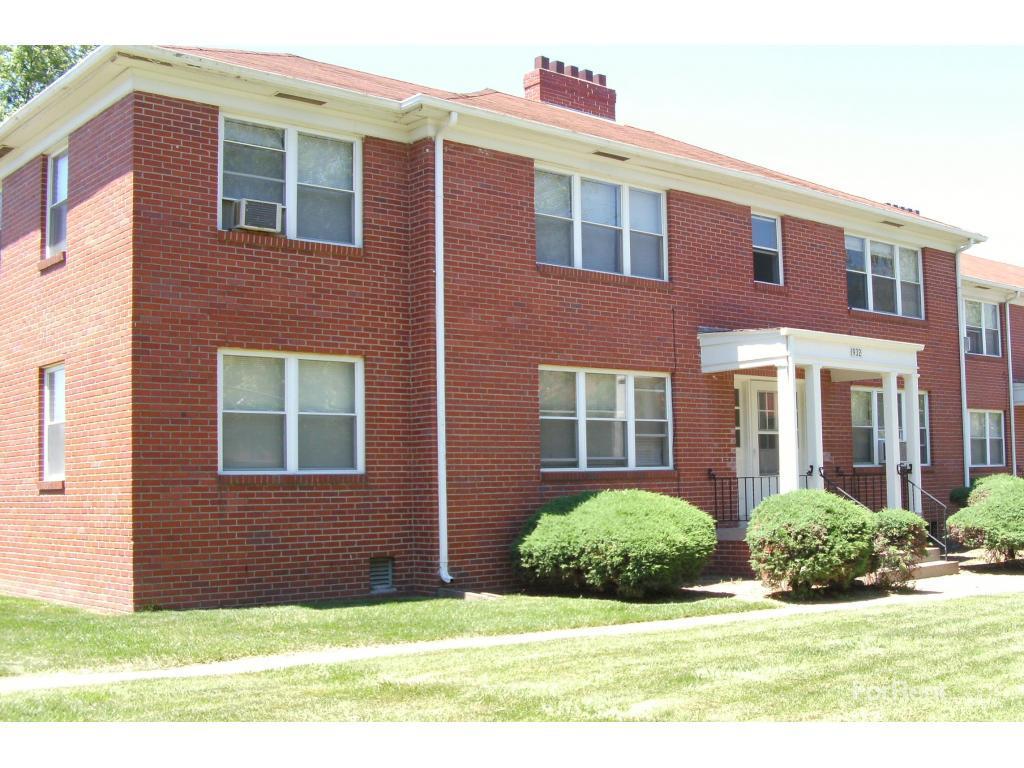 Williamsburg Apartments photo #1