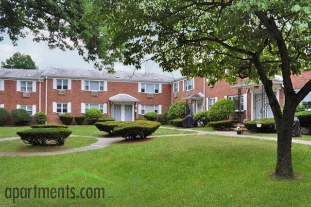 Knoll Gardens Apartments, Lake Hiawatha NJ - Walk Score