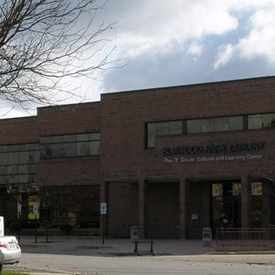 Photo of Elmwood Park Public Library