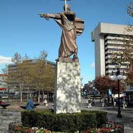 Photo of Sevaggio Statue