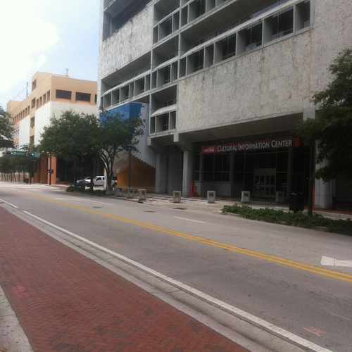 photo of Broward County Main Library at 100 South Andrews Avenue Fort Lauderdale FL 33301
