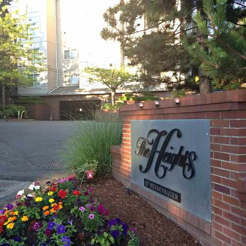photo of The Heights at Meydenbauer at 324 102nd Avenue Southeast Bellevue WA 98004
