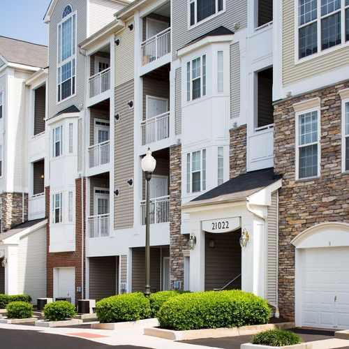 Remington Apartments: Lerner Remington Apartments, Sterling VA