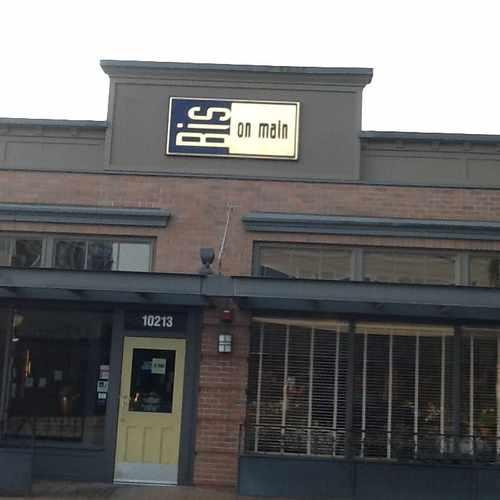 photo of Bis On Main at 10213 Main St Bellevue WA 98004