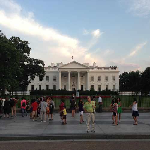 photo of The White House at 1600 Pennsylvania Ave NW Washington DC 20502