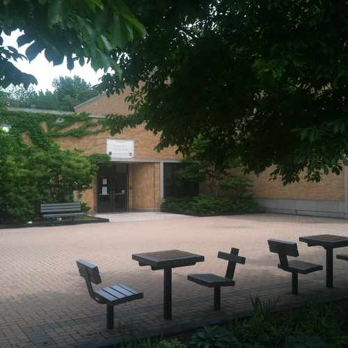 photo of Nichols Park Community Center at 1367 East 53rd Street Chicago IL 60615