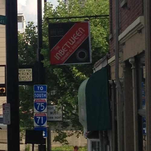 photo of In Between Tavern at 307 Sycamore Street Cincinnati OH 45202