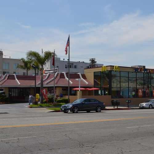 6909 La Tijera Blvd, Los Angeles CA