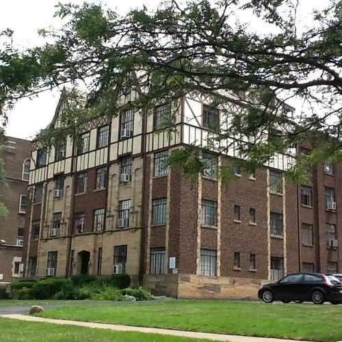 photo of 1 bed, 900 sqft, $850 at 10705 Lake Avenue Cleveland OH 44102