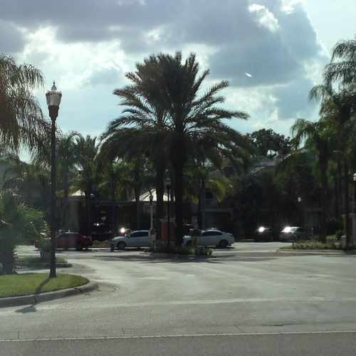 photo of Grand Key- A Tampa MacDill Furnished Housing Condo at 4207 South Dale Mabry Highway Tampa FL 33611