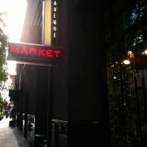 photo of Olin Avenue Market at 367 Santana Row San Jose CA 95128