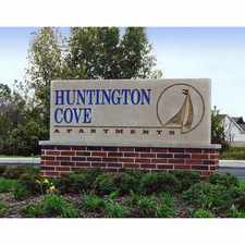 Rental info for Huntington Cove Apartment Homes in the Merrillville area