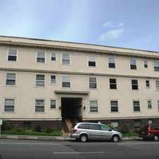 Rental info for 1331 SW 12th ** LARGE DOWNTOWN PORTLAND APARTMENT! ** in the Goose Hollow area