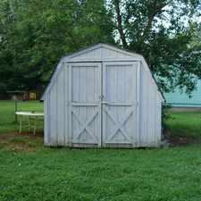 Rental info for 3 bed, 1 bath, safe neighborhood. Single Car Garage!