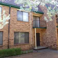 Rental info for Convenient unit in the Dubbo area
