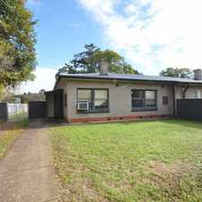 Rental info for Leased 3 bedrooms, seperate lounge, kitchen/dining, heating/cooling in the Elizabeth Grove area