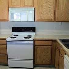 Rental info for Klamath Falls - Spacious townhouse in - 2 bedroom 2 bath townhouse. Single Car Garage!